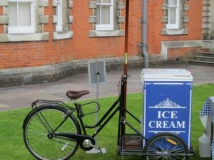 Vintage ice cream cart hire