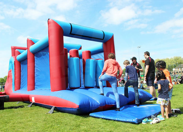 inflatable-assault-course-for-hire