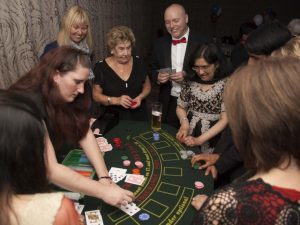 Fun-casino-hire-blackjack-table