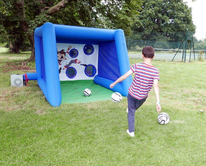 leisureking-penalty-shootout-player