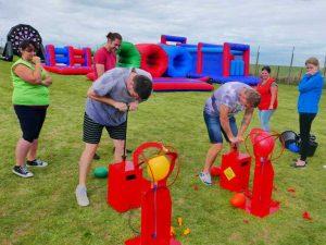 balloon boom funfair game