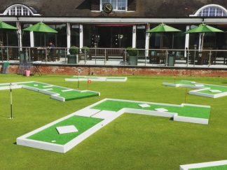 leisureking-crazygolf-golfcourse