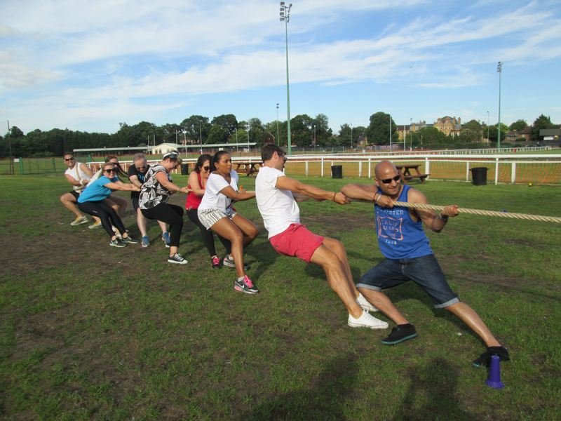 sports-day-hire-games-tug-of-war