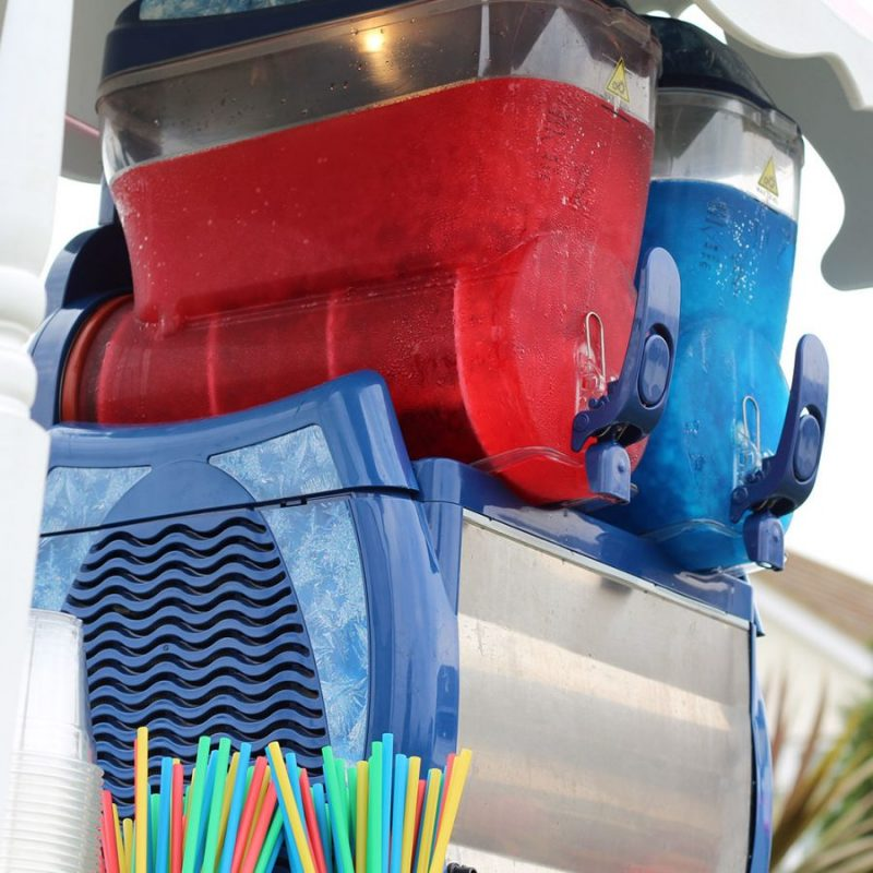 Slush puppy machine hire in London; slush machine hire