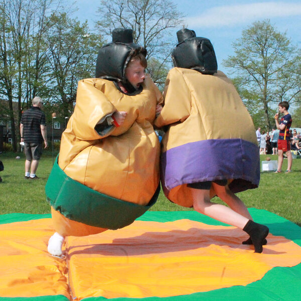 Sumo suits hire party entertainment