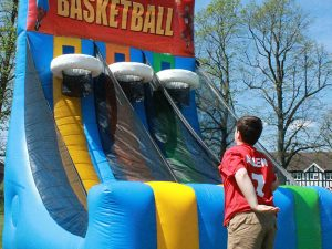 giant-inflatable-basketball-game-for-hire