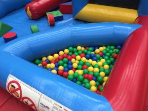 inflatable-soft-play-hire-essex