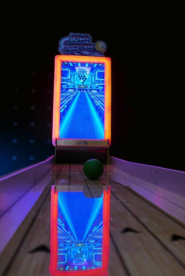 hire-a-virtual-bowling-alley-london