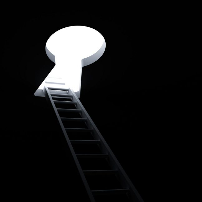 23047615 - ladder through keyhole to the bright light business concept