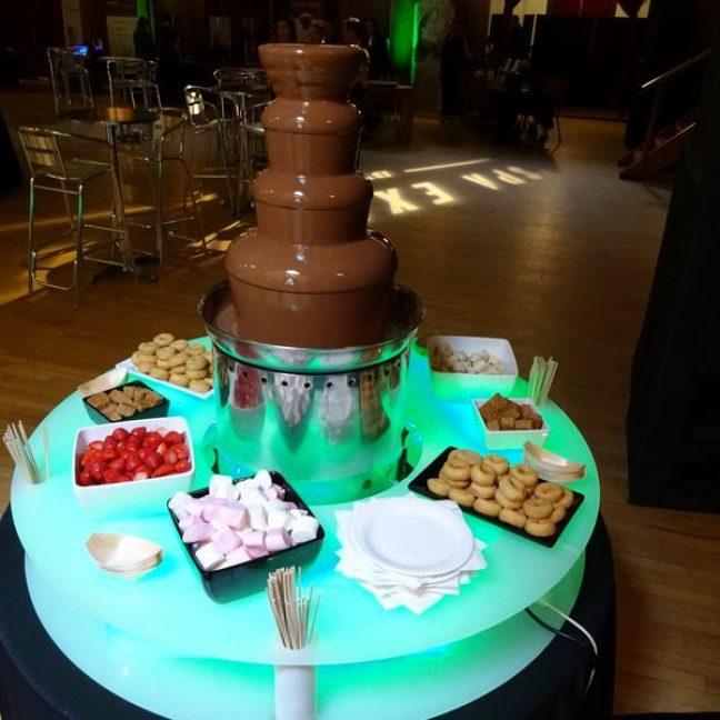 Chocolate Fountain (Pic 8)