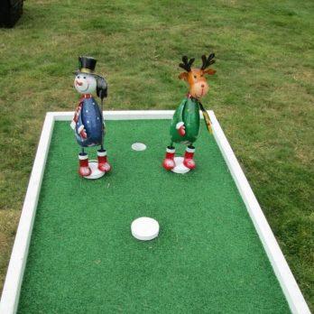 Christmas-crazy-golf-hire-kent-2