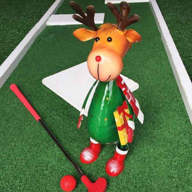 christmas crazy golf and festive mini golf