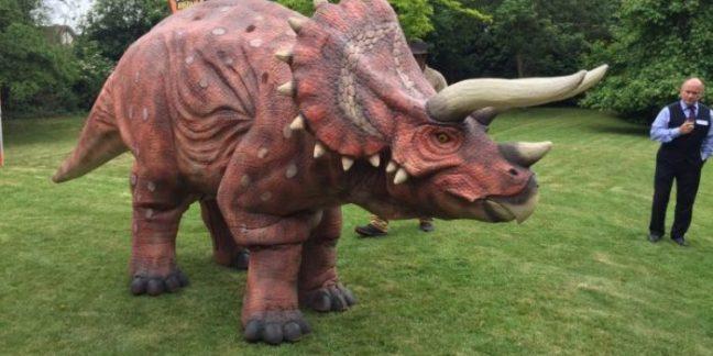 Dexter dinosaur hire london