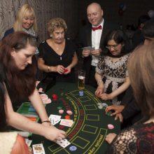 Fun-casino-hire-blackjack-table