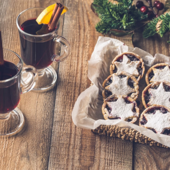 Mulled Wine & Mince Pies