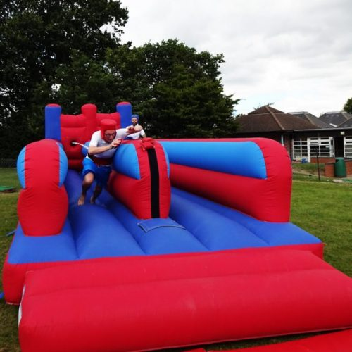 bungeerun-blue-red-inflatable hire kent