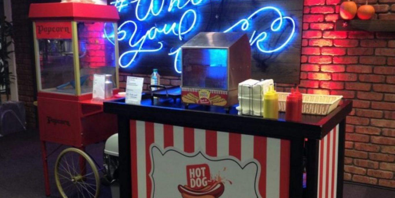 hotdogs and Popcorn for weddings