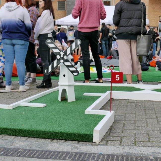 leisureking-crazygolf-setup4