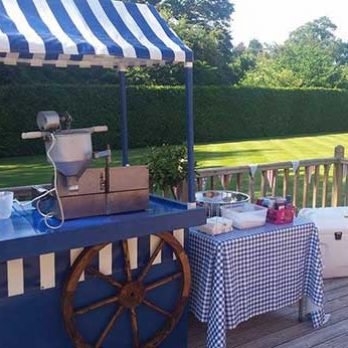 leisureking-doughnuts-outdoor-setup