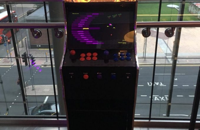 leisureking-full-arcade-machine-2