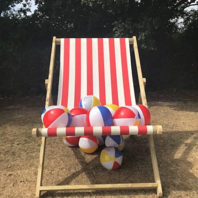 leisureking-giantdeckchair-front2