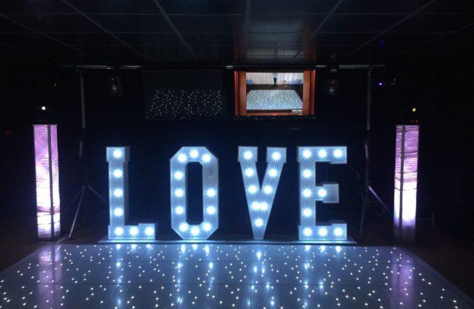 leisureking-loveletters-disco-floor