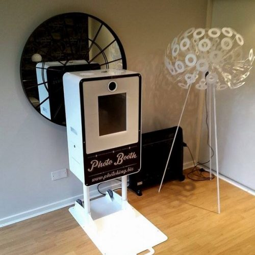 leisureking-selfiepod-wedding