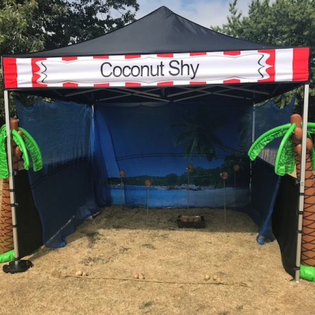 leisureking-sidestalls-coconutshy-stallfront
