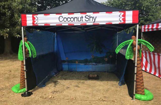 leisureking-sidestalls-coconutshy-stallfront