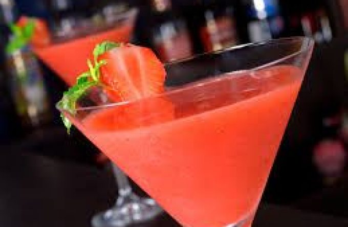 leisureking-slush-cocktails-strawberry