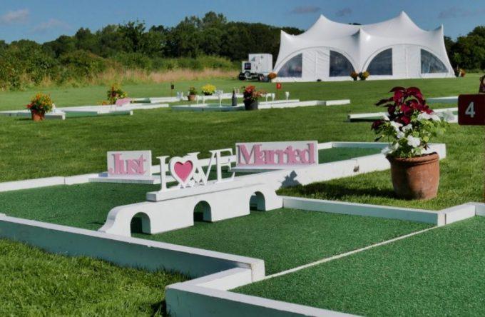 leisureking-wedding-crazygolf-setup